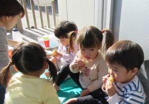つくしんぼ 焼き芋 食べる