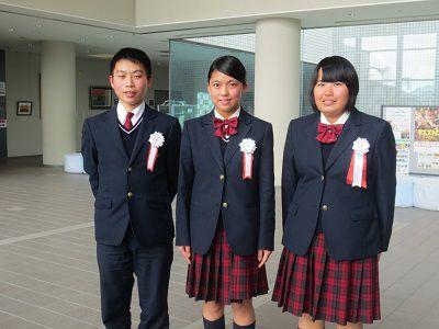 龍桜高等学校制服画像